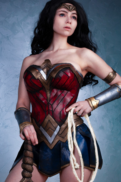 Чудо женщина (DC: Wonder Woman)